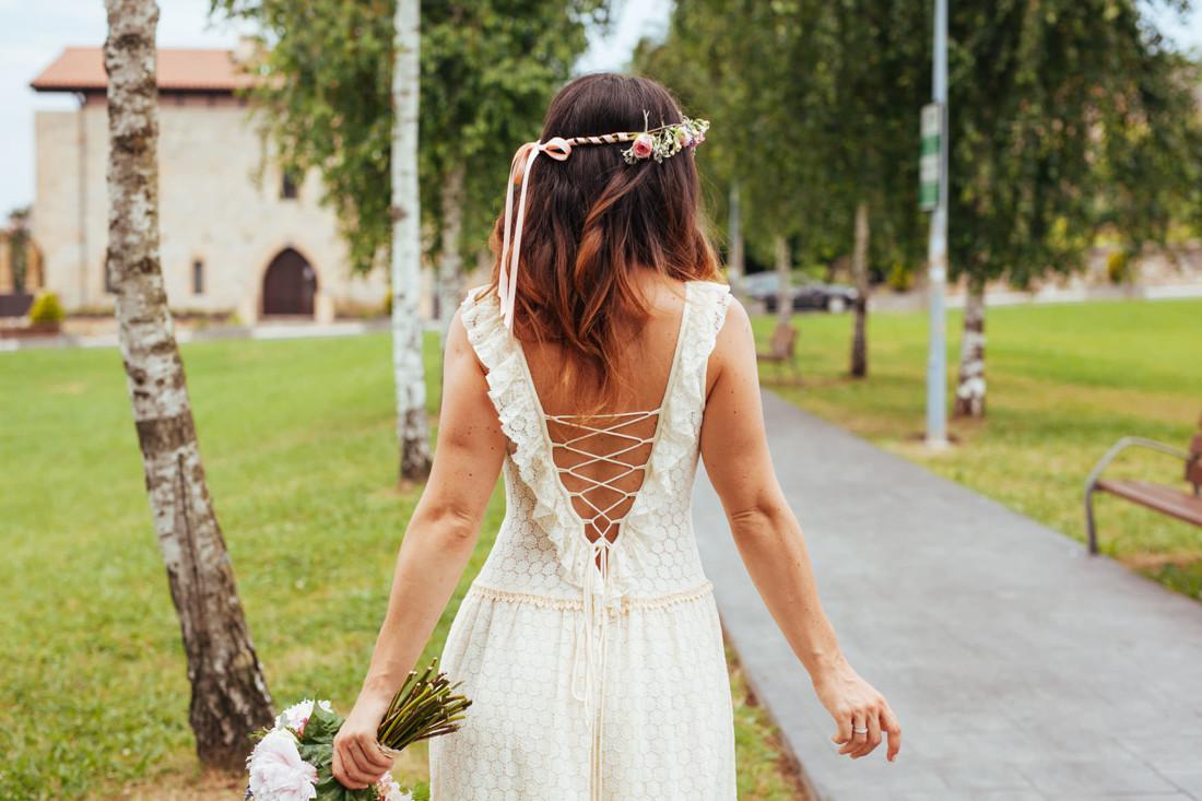 0 Vestido de novia, corona de flores y ramo. Kunst Photo & Art fotografia Pais Vasco